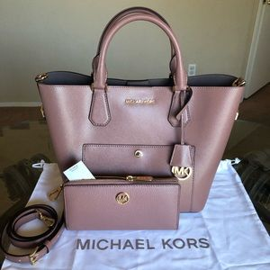 Michael Kors Large Greenwich With Wallet